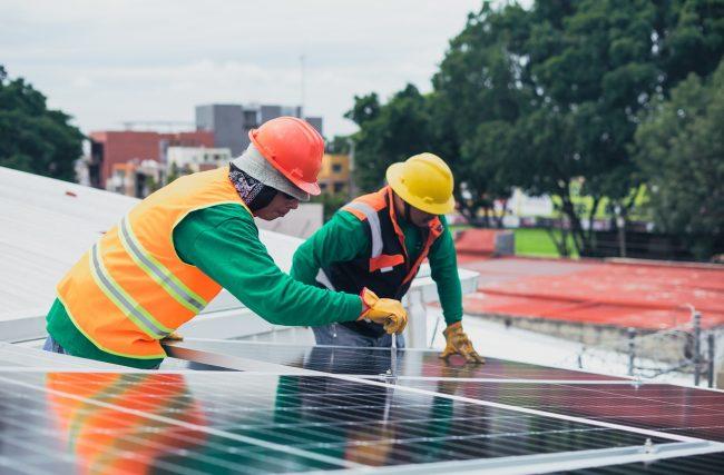 Saiba calcular o retorno de investimento em Energia Solar